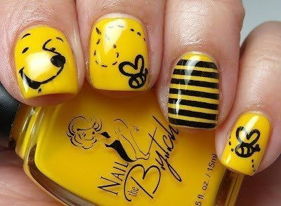 Cute Winnie the Pooh with Honey and Bees nails