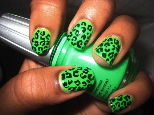 Green Cheetah Print Nail Art