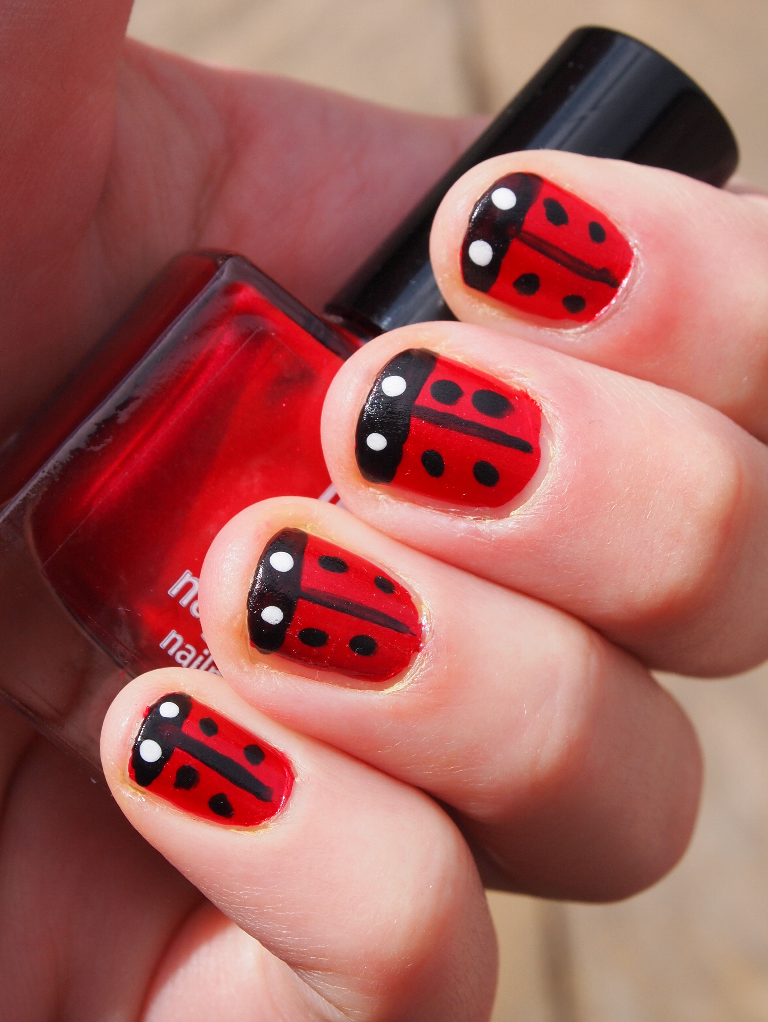 Cute Ladybug Nail Design: Diy lady bug nail pictures photos and ...