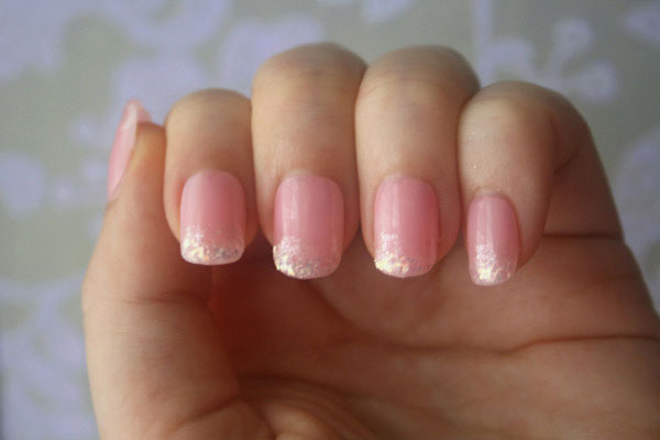 Light baby pink with glitter nails nail art light baby pink with glitter nails prinsesfo Images