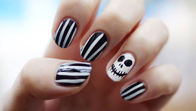 Scary skeleton nail art scary skeleton prinsesfo Images