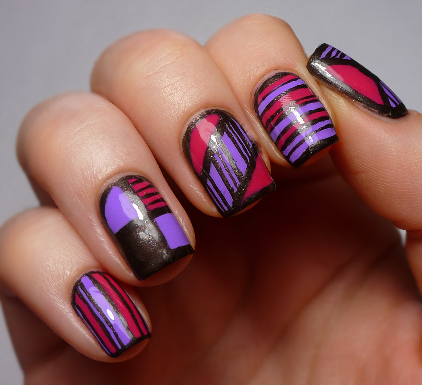 Tri-color Tribal Nail Effect